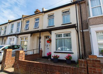 Thumbnail 2 bedroom terraced house for sale in North Avenue, Southend-On-Sea