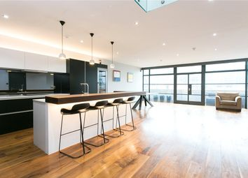Thumbnail 2 bed flat to rent in Exchange Building, 132 Commercial Street, London