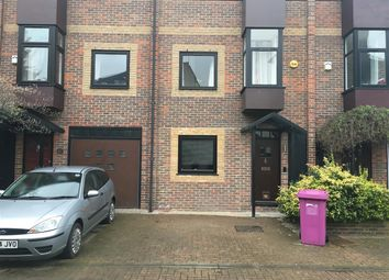 4 bed terraced house to rent in Barnfield Place, Isle Of Dogs, London E14