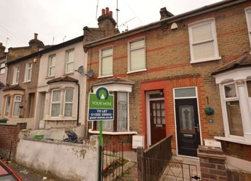 Thumbnail 3 bed property to rent in Maximfeldt Road, Erith