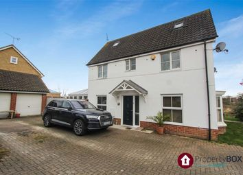 Thumbnail 5 bed property to rent in Tresco Way, Wickford, Essex