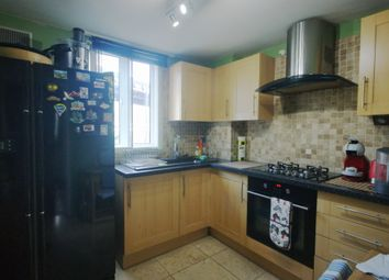 Thumbnail 2 bedroom flat to rent in Coopers Lane, London