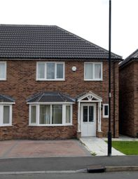 Thumbnail 3 bedroom town house to rent in Newmarket Road, Doncaster