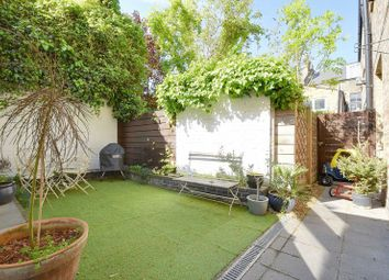 Thumbnail 3 bedroom flat for sale in Cricketfield Road, London