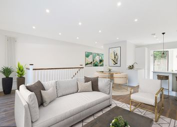 Thumbnail 2 bed maisonette for sale in 1 Wimbledon Court, Kingston Road