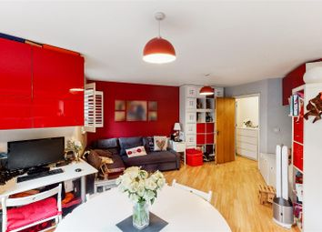 Harlesden Road, London NW10. 2 bed flat