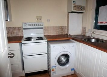 Thumbnail 1 bed flat to rent in Wellington Place, Clydebank