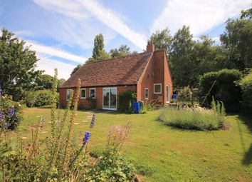 Thumbnail 2 bed detached bungalow to rent in Windmill Hill, Great Milton, Oxford
