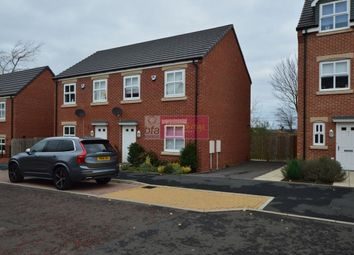 Thumbnail 3 bed property to rent in Bishops Park Road, Gateshead