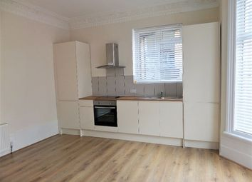 Thumbnail 1 bed property to rent in Dennett Road, Croydon