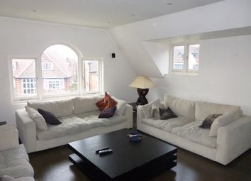 Thumbnail 3 bed flat to rent in Redington Road, London