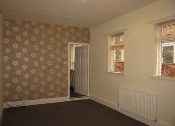 Thumbnail 1 bed flat to rent in Hull Road, Anlaby Common, Hull