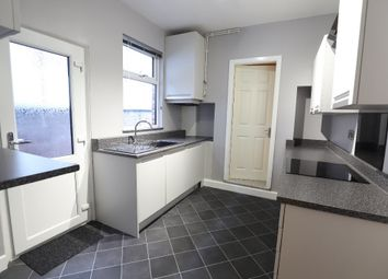 2 bed terraced house to rent in London Road, Penkhull, Stoke-On-Trent ST4