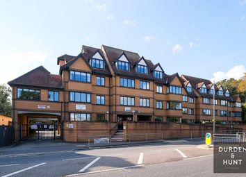 1 bed flat to rent in High Road, London E18