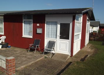 Thumbnail 1 bed mobile/park home for sale in Third Avenue, South Shore Holiday Village, Bridlington