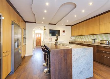 Thumbnail 3 bed town house for sale in Hamlet Square, London