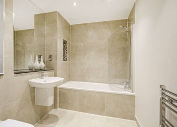 Thumbnail 2 bed flat for sale in Gateway House, Finchley Central