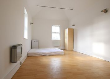 Thumbnail Studio to rent in Barnet High Street, Barnet