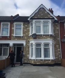 Thumbnail Room to rent in Cambridge Road, Ilford Essex
