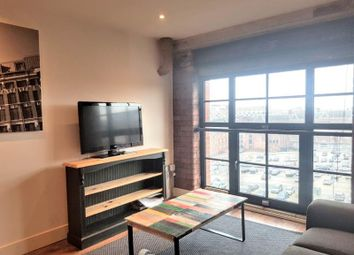 2 bed flat to rent in New York Road, Leeds LS2