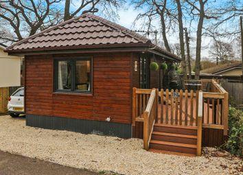 Thumbnail 1 bedroom mobile/park home for sale in Bluebell Ride, Radley, Abingdon