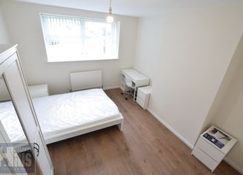 4 bed flat to rent in Crookesmoor Road, Sheffield, South Yorkshire S10