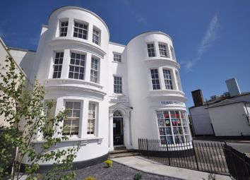 The Whitehouse, 51 Marlowes, Hemel Hempstead HP1. Studio to rent