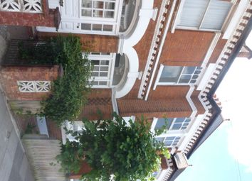 Thumbnail 3 bed flat to rent in Stapleton Road, London