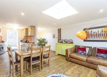 Thumbnail 3 bed property for sale in Hoxton Street, London