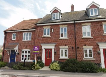Thumbnail 3 bed town house to rent in Juniper Road, Bury St. Edmunds