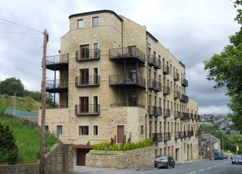 Thumbnail 2 bed flat to rent in Holywell Green, Halifax