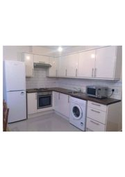 Thumbnail 4 bed duplex to rent in Forsyth Gardens, London, Kennington/Oval