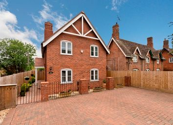 Thumbnail 3 bed detached house for sale in Pickersleigh Road, Malvern