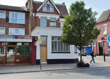2 bed maisonette to rent in Green Lanes, London N8