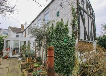 Thumbnail 5 bed property for sale in North Halls, Binbrook, Lincolnshire