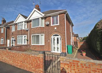 Thumbnail 3 bed town house to rent in Langdale Road, Bakersfield, Nottingham