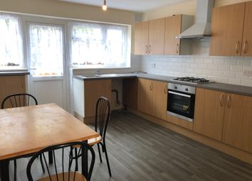 Thumbnail 3 bed town house to rent in Victoria Road, Dagenham, Essex