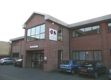 Thumbnail Office to let in Thames House, Dedmere Road, Marlow, Buckinghamshire