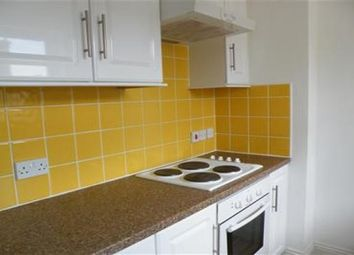 Thumbnail 2 bed flat to rent in Thorn Road, Worthing