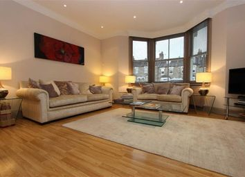 Thumbnail 3 bedroom flat to rent in Gordon Hill, Enfield