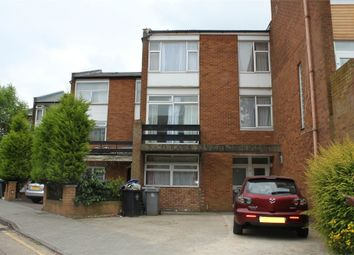 Thumbnail 5 bed town house to rent in Windsor Crescent, Wembley