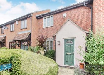 2 bed terraced house to rent in The Pines, Basildon, Essex SS15