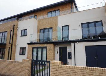 Thumbnail 2 bed flat to rent in Leinster Court, Beechfield Road, Hemel Hempstead.