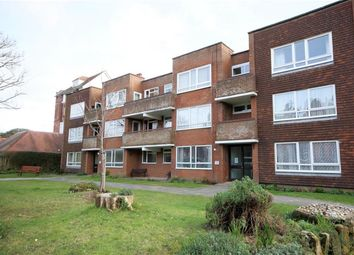 Thumbnail 2 bedroom flat to rent in Boscobel Road, St. Leonards-On-Sea