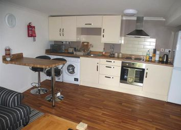 Thumbnail 2 bed flat to rent in West Gate, Mansfield