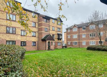 Greenslade Road, Barking IG11. 2 bed flat for sale