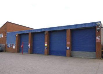 Thumbnail Warehouse to let in Kingswinford, West Midlands