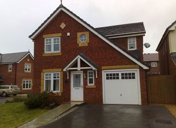 Thumbnail 4 bed detached house to rent in Kidston Drive, Crewe, Cheshire