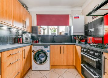 3 bed flat for sale in Radstock Way, Merstham, Redhill RH1