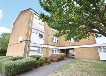 Thumbnail 2 bed flat for sale in Wordsworth, Bracknell, Berkshire